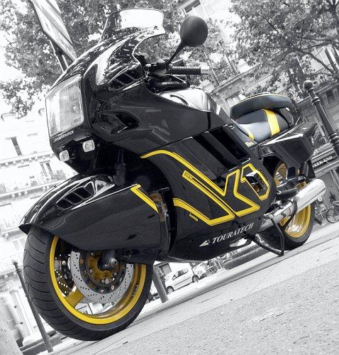 Moto 1_small