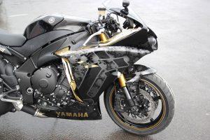 Yamaha R1 Unkut