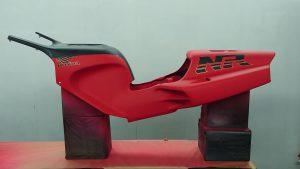 Honda 750 NR (restauration/peinture)