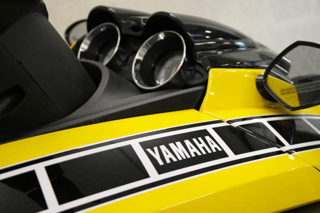 jetski-yamaha-60th-1