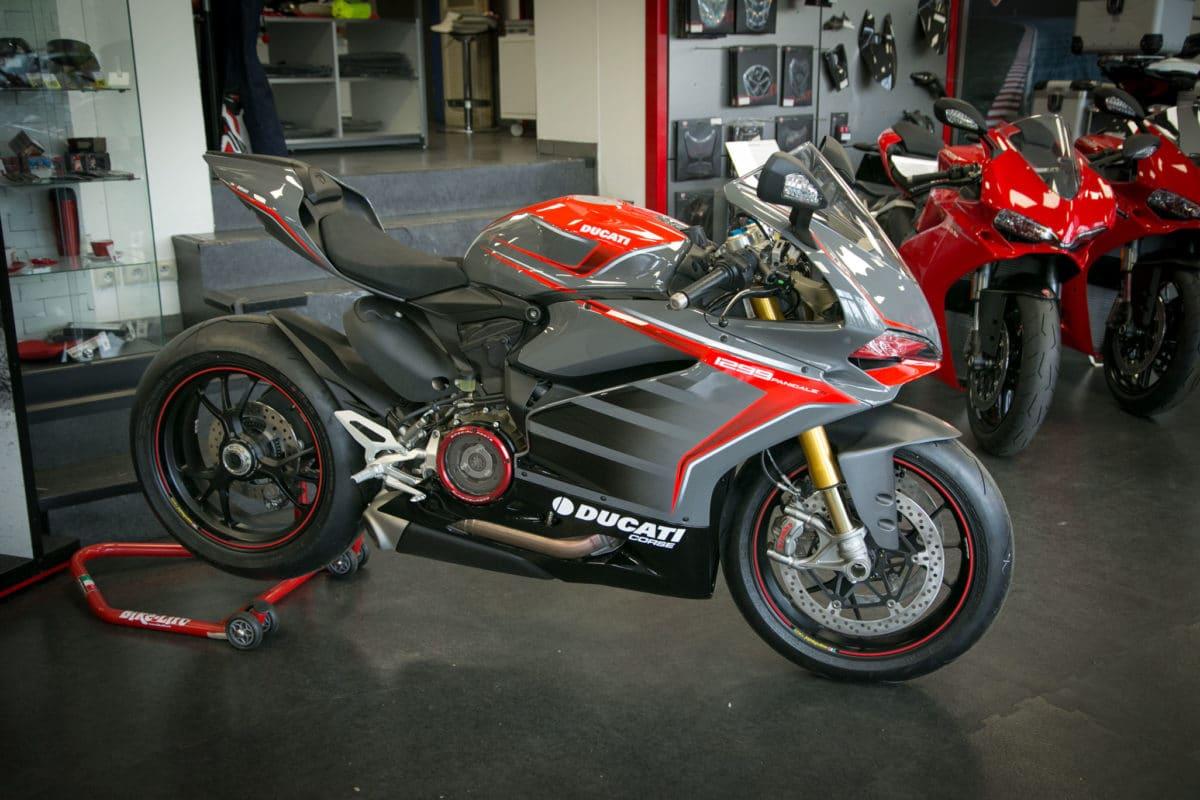 Ducati 1299 Paris Est Moto 1