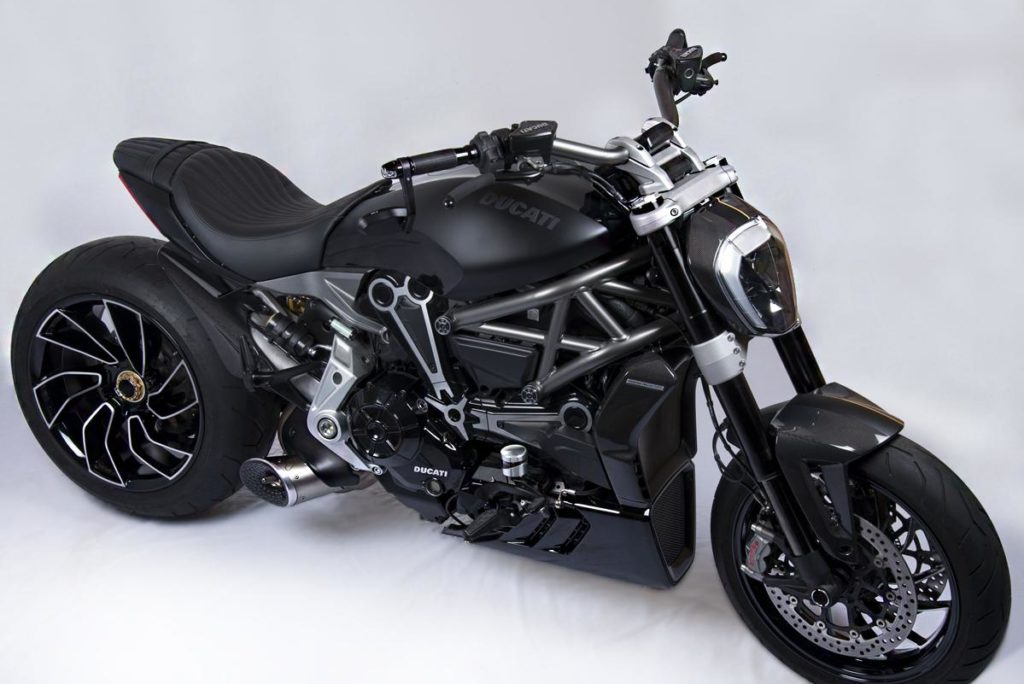X Diavel Tank Machine 2