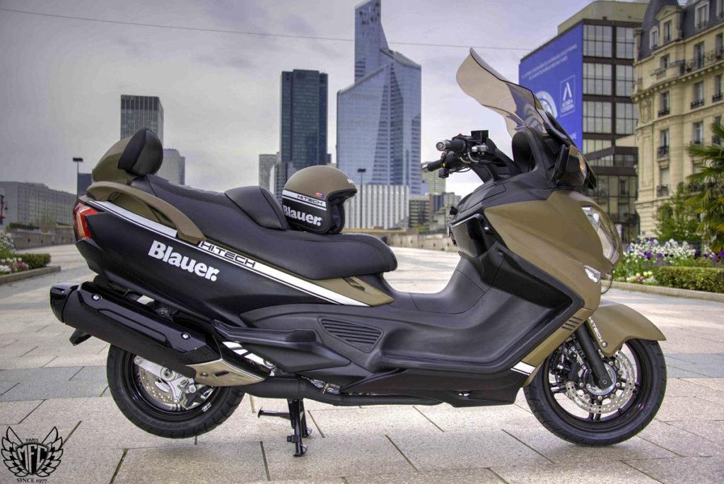 Suzuki 650 Burgman Blauer 1